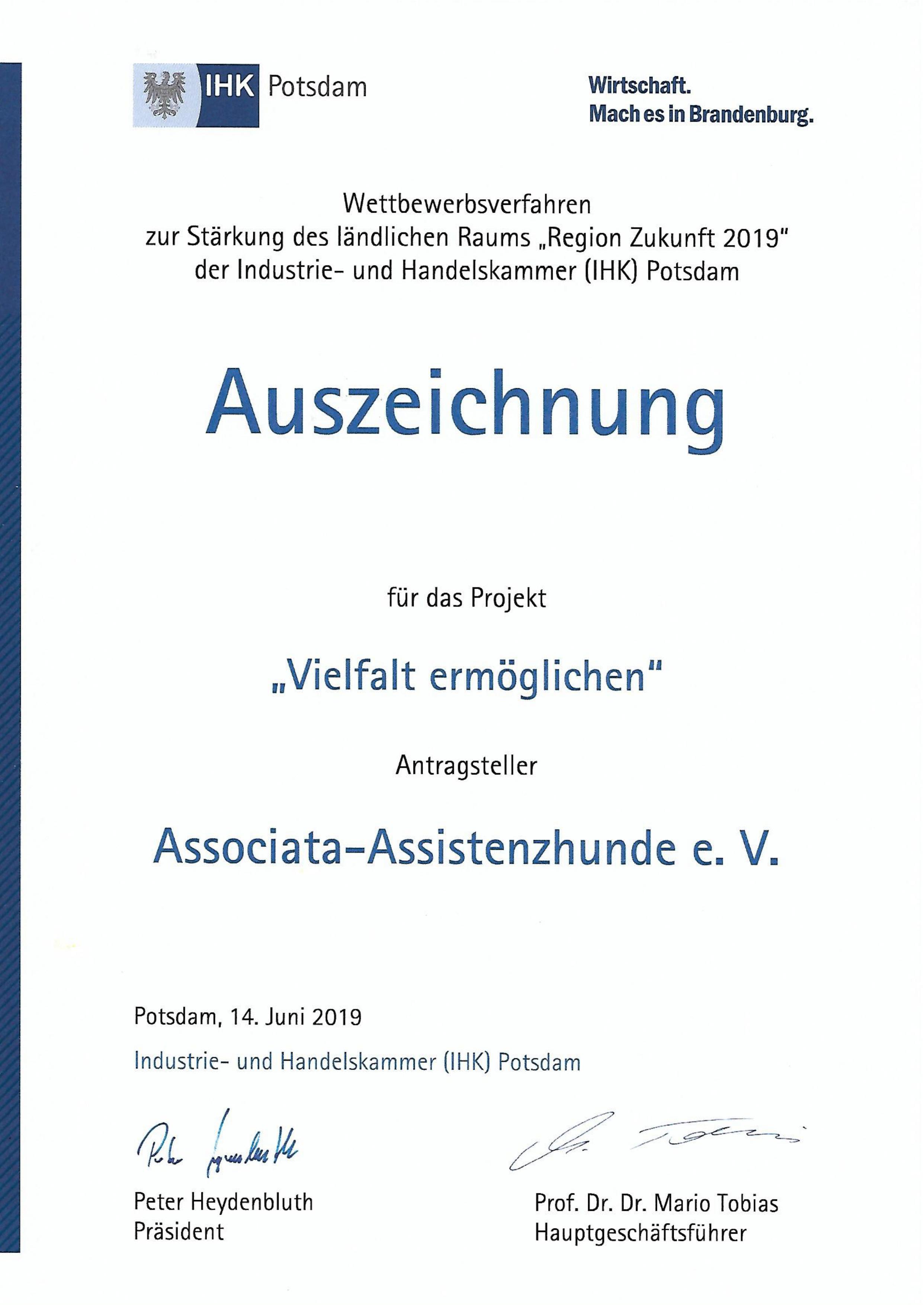 """Associata-Assistenzhunde e.V. ist Preisträger im Wettbewerb  """"Region Zukunft 2019"""" der IHK-Potsdam"""